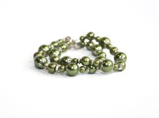 Armband gröna vaxade glaspärlor