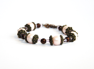 Pärlarmband rosa glaspärlor
