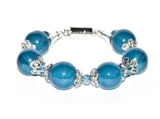 Pärlarmband blå glaspärlor