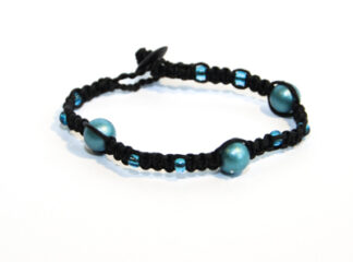 Makraméarmband svart blå