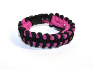 Makraméarmband svart rosa fallskärmslina