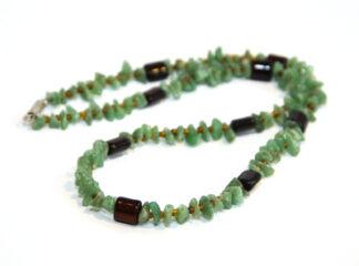 Halsband gröna aventurinpärlor