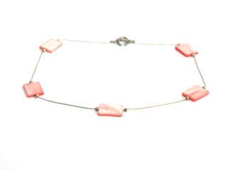 Halsband rosa snäckskalspärlor