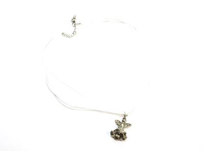 vitt halsband ängel