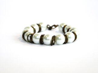 Pärlarmband vita glaspärlor