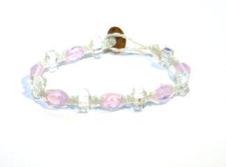 Makraméarmband vit rosa