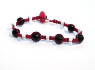 Makraméarmband rosa vita svarta
