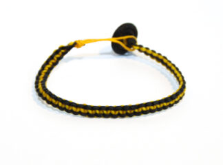 Makraméarmband gul svart