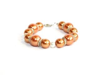 Pärlarmband orangea glaspärlor
