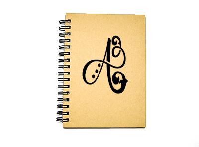 Anteckningsbok med monogram