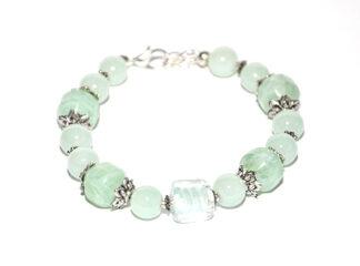 Pärlarmband ljusgröna silverfärgade