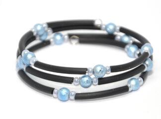 Treradigt pärlarmband blå glaspärlor